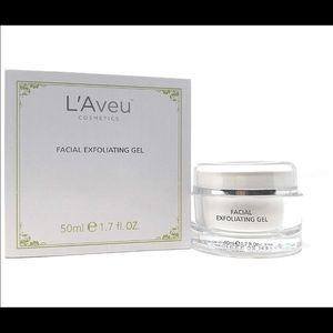 L'Aveu facial exfoliating gel NEW